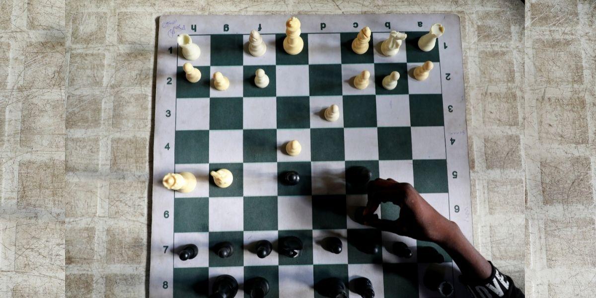 Un niño sin hogar resultó ser un genio y se convirtió en un maestro de ajedrez