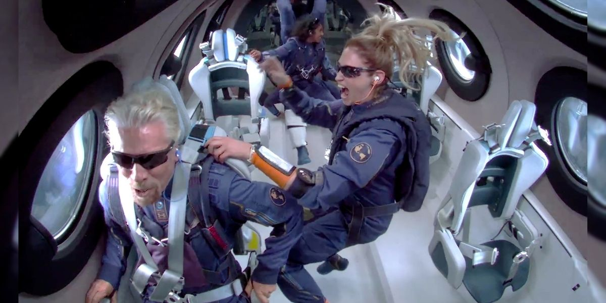 El multimillonario Richard Branson viajó al espacio a bordo de su propia nave