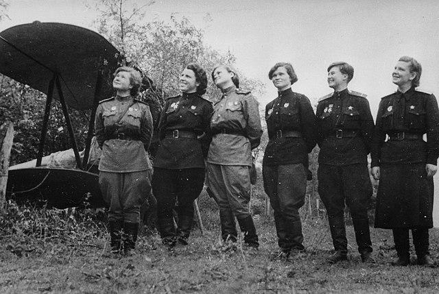 Las Brujas de la Noche: las heroínas que cambiaron el rumbo de la Segunda Guerra Mundial