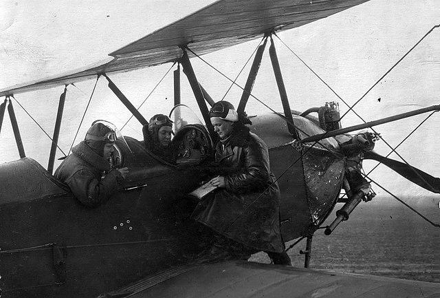Las Brujas de la Noche: Pilotos de la Segunda Guerra Mundial que derrotaron a los Nazis